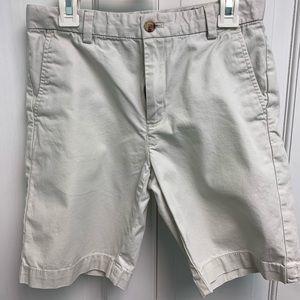 Vineyard Vines Boy's khaki shorts size 10